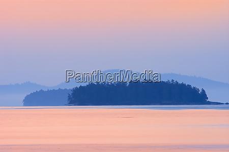canada british columbia fulford harbour dawn