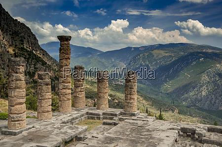 greece delphi temple apollo