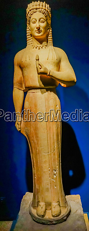 female kouros grave protector statue national