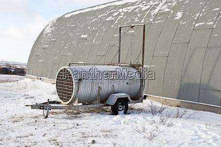 bear live trap near polar bear