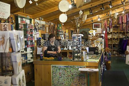 interior of iroquois crafts gift shop