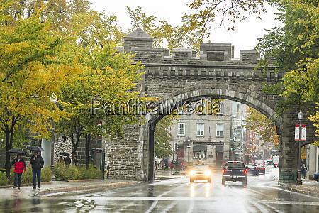 entrance to vieux quebec old quebec