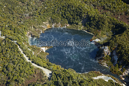 frying pan lake waimangu volcanic valley