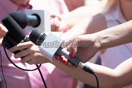 news conference media interview