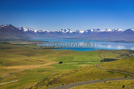 lake tekapo and the southern alps