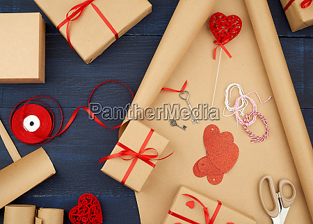 brown kraft paper packed gift bags