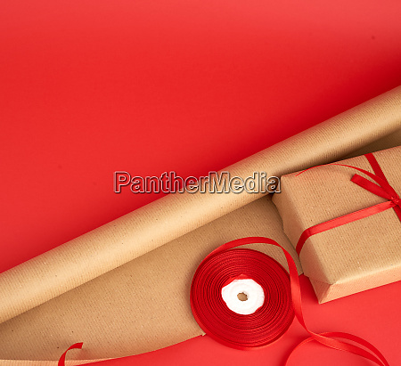 brown paper for packaging a reel
