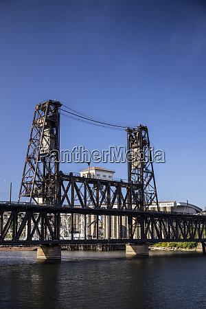 usa oregon portland steel bridge spans