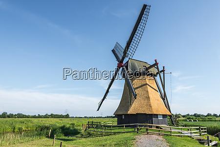wedelfelder wasserschoepfmuehle old east frisian windmill