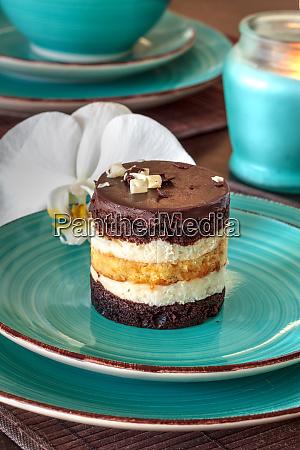 white and dark chocolate mousse dessert