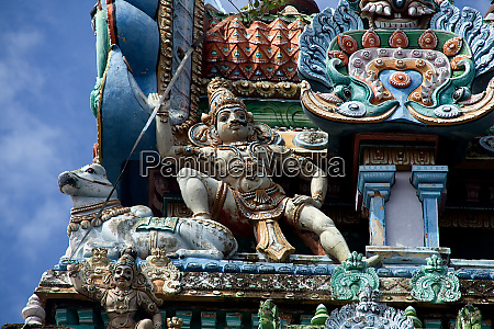 sculpture at jambkeshwara temple