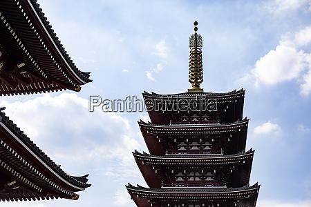 pagoda in senso ji temple tokio