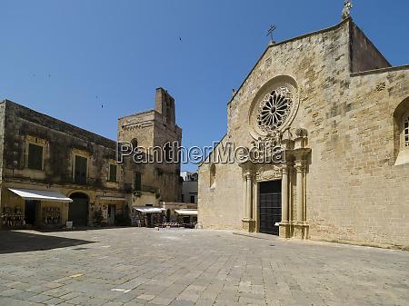 italy salo entrance of church of