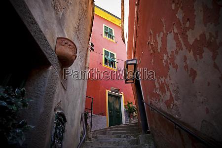 narrow alley in vernazza cinque terre