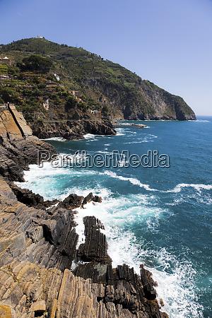 mediterranean sea at manarola liguria cinque