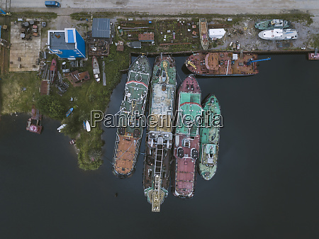 drone view of ships in ladoga