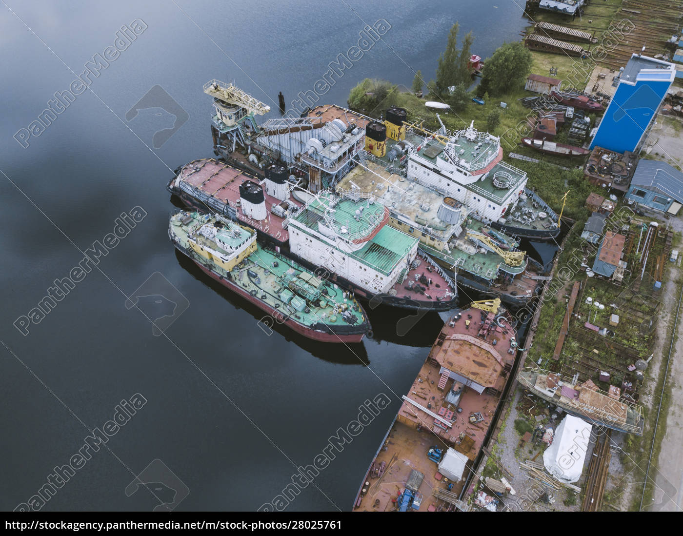 aerial, view, of, ships, moored, in - 28025761
