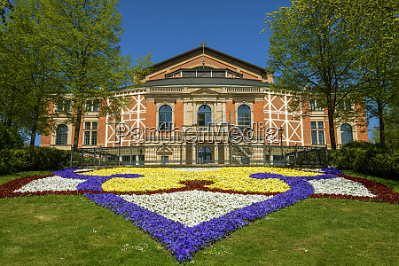 colorful flowers in front of bayreuth