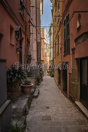 narrow alley in vernazza liguria italy