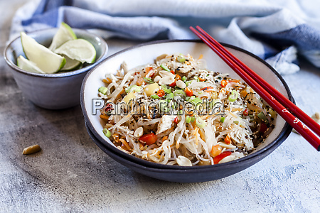glass noodle salad with thai dressing