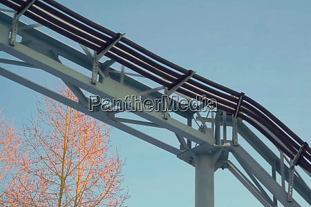 cable route on steel poles
