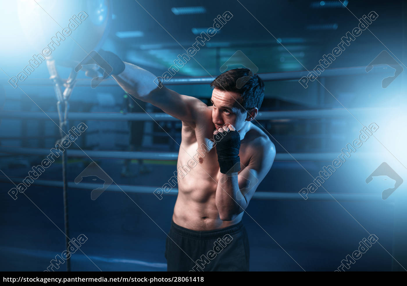 boxer, in, bandages, training, with, bag - 28061418