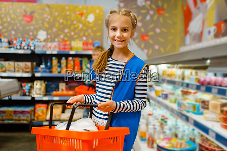 cute, girl, with, basket, playing, saleswoman, - 28061616