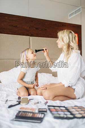 funny, mother, and, child, plays, with - 28061693