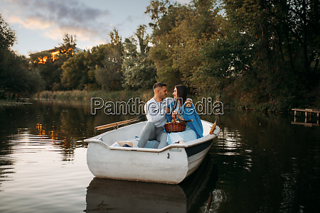 love, couple, hugs, in, a, boat - 28061450