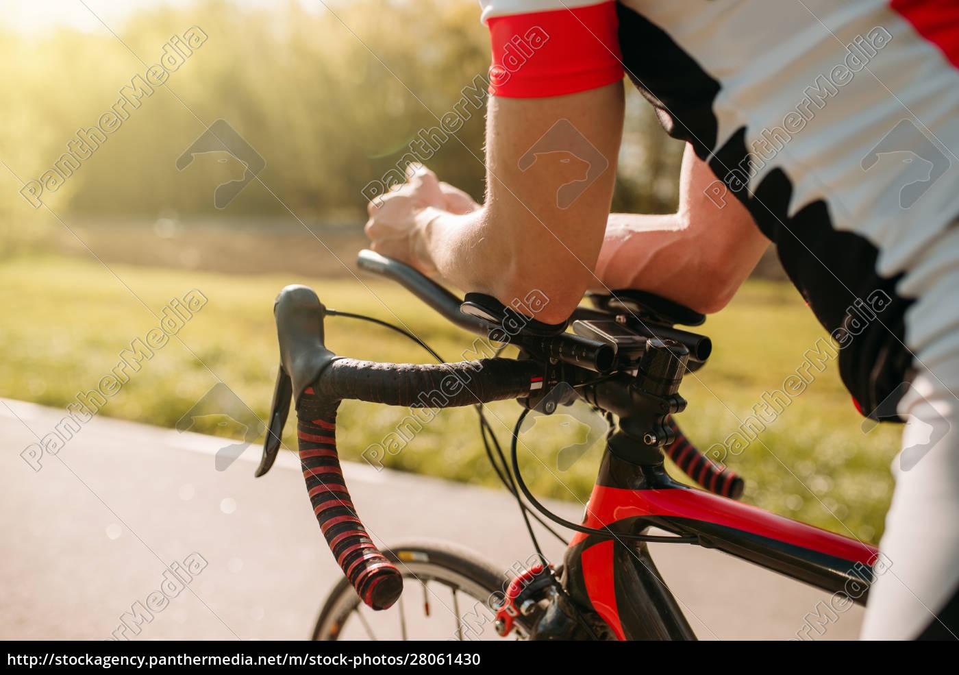 male, bycyclist, in, sportswear, , cycling, on - 28061430
