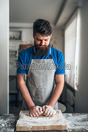 baker, hands, kneading, the, dough, with - 28062772