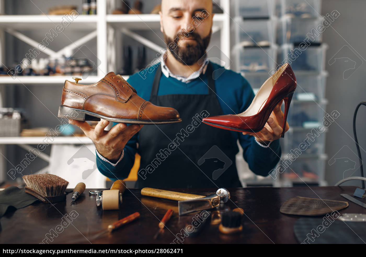bootmaker, shows, repaired, shoes, , footwear, repair - 28062471