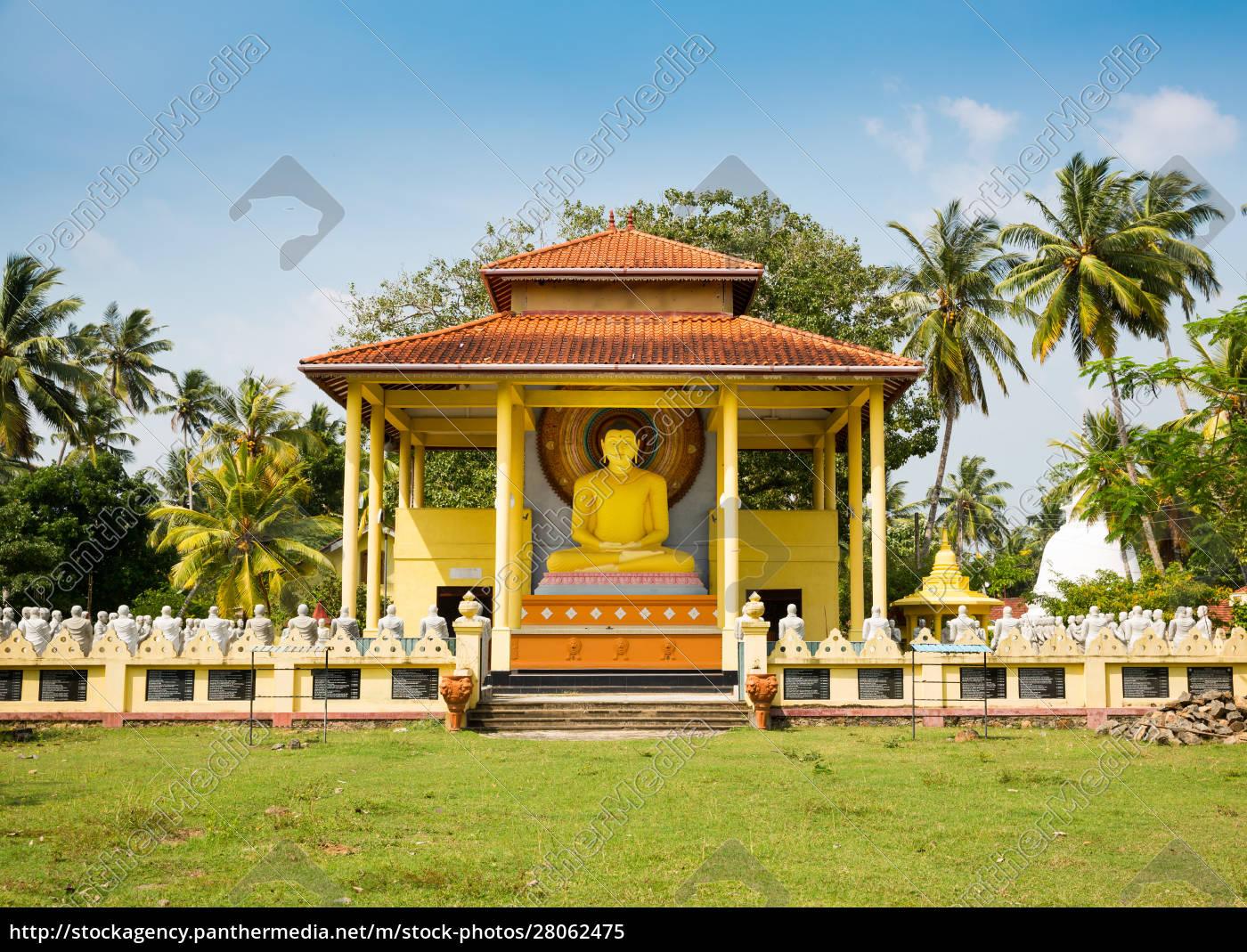 buddha, temple, on, sri, lanka, , ceylon - 28062475