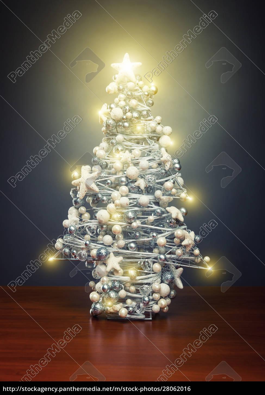 chrismas, tree, with, lights - 28062016