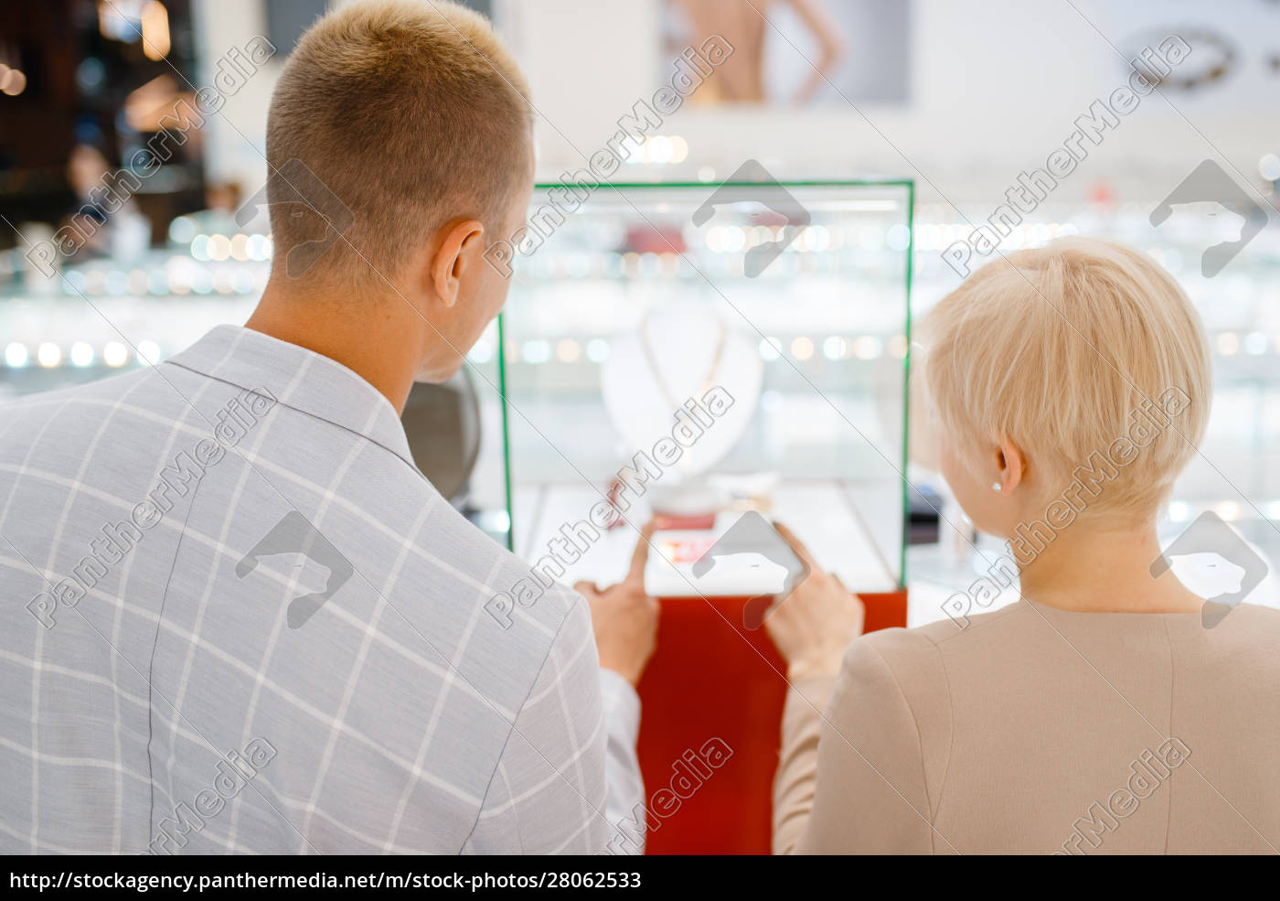 male, and, female, customers, in, jewelry - 28062533