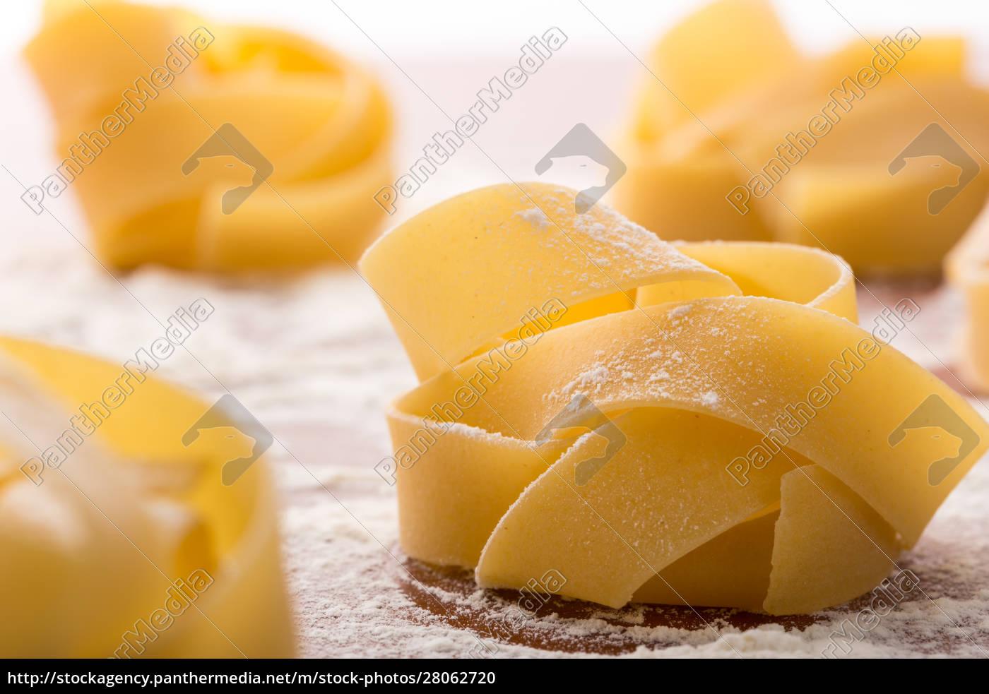 pasta, rolls, with, flour - 28062720