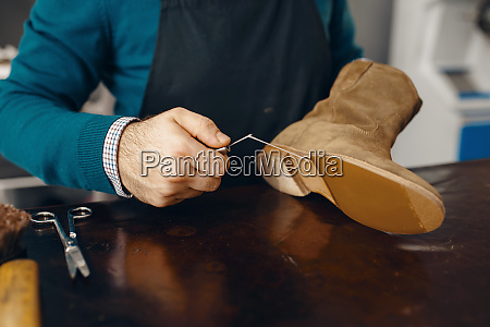 shoemaker, stitches, the, shoe, , footwear, repair - 28062222