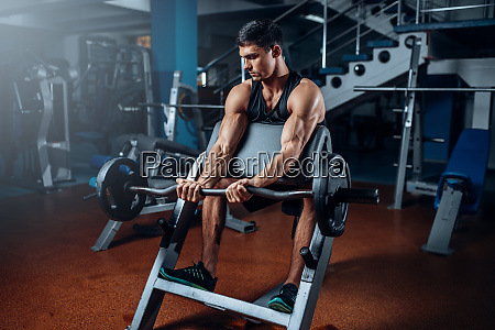 tanned, man, exercise, with, barbell, in - 28062685