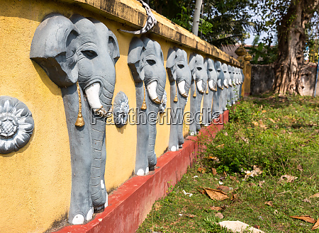 wall, with, elephant, sculptures, in, buddha - 28062950