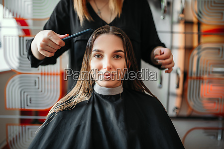 woman, in, hairdressing, salon, , female, stylist - 28062193