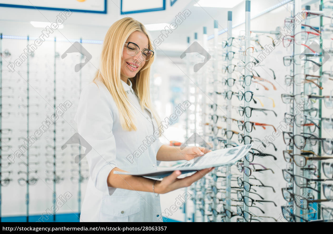 female, optician, with, glasses, catalog, in - 28063357