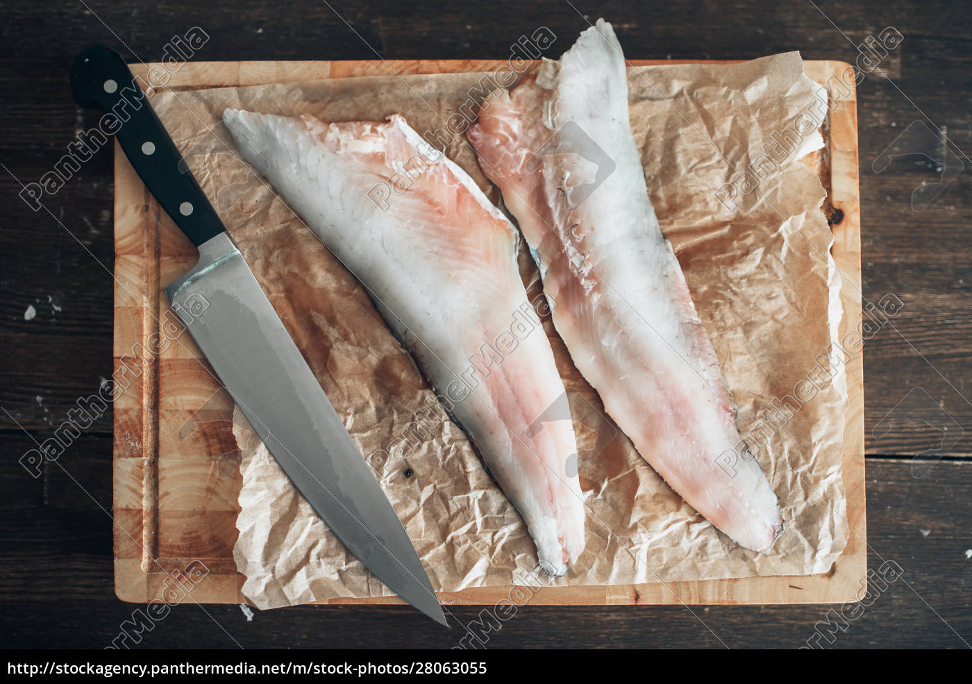 raw, fish, slices, , knife, on, cutting - 28063055