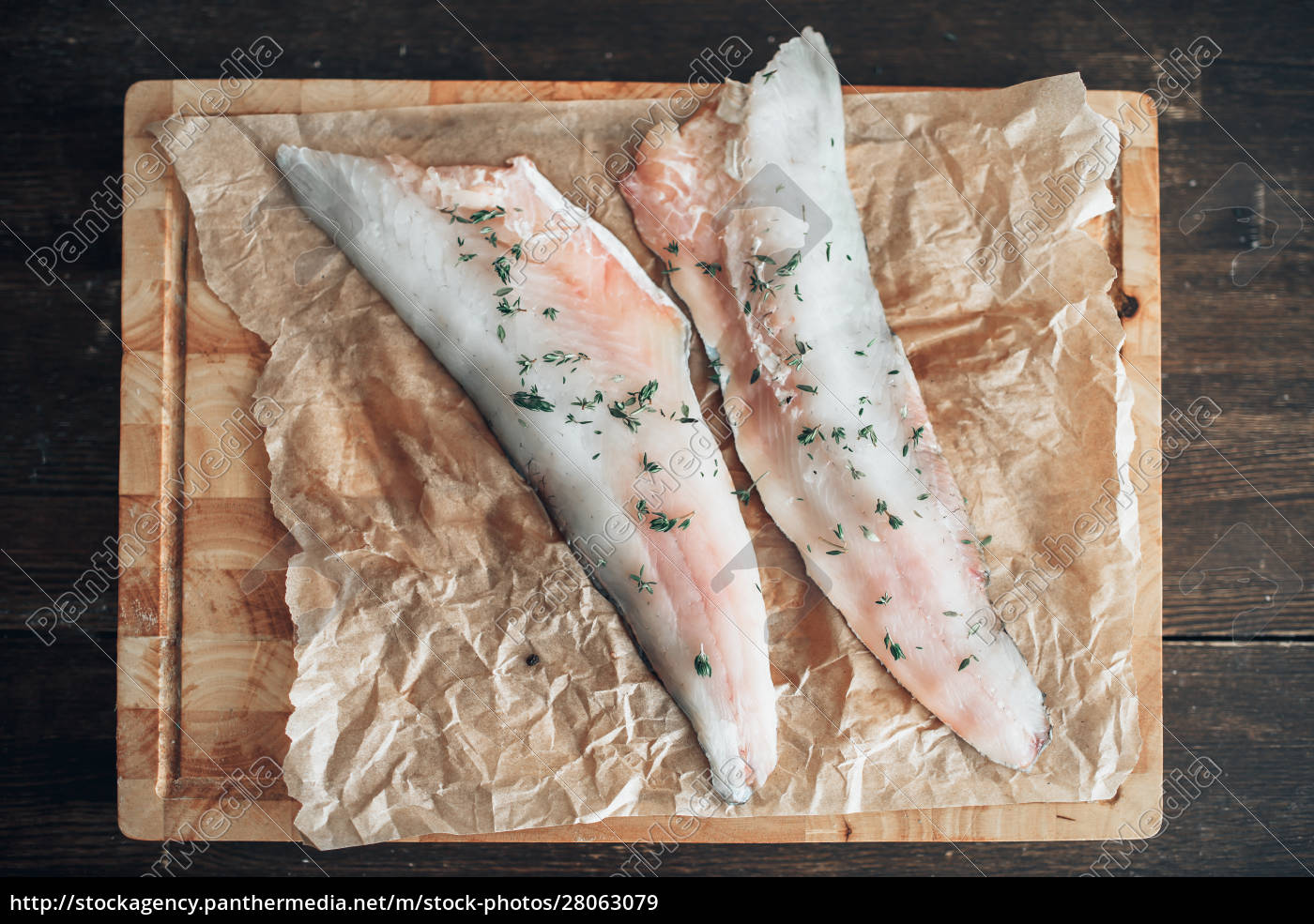 raw, fish, slices, with, spices, on - 28063079