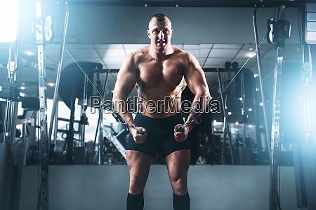 weightlifting power training in sport gym