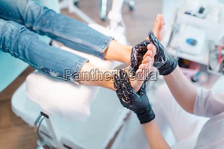 beautician salon foot massage procedure