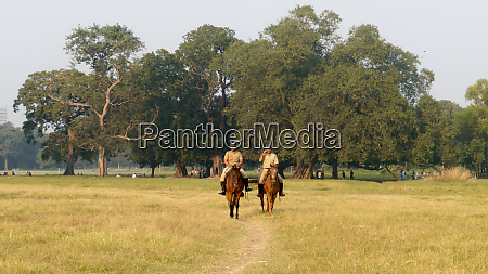 kolkata mounted police personnel keep galloping