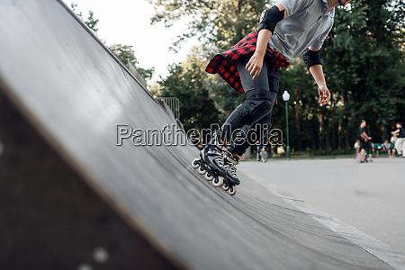 roller skating young skater rolling off