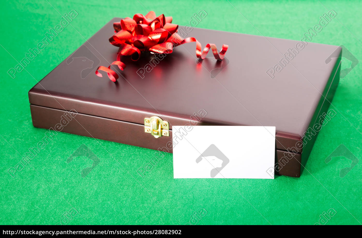 gift, box, with, blank, card - 28082902