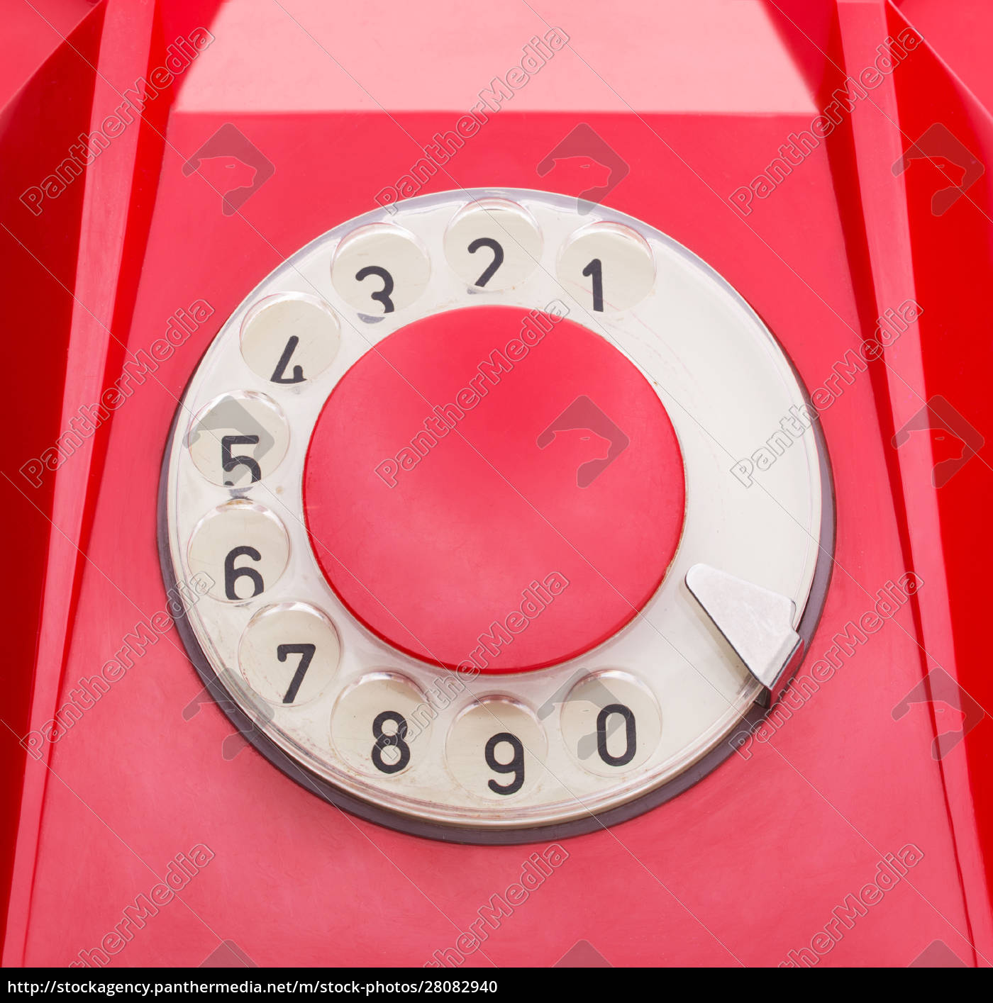 red, telephone - 28082940