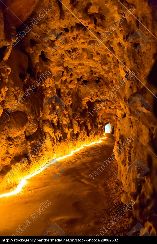 underground, cave - 28082602